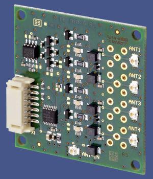 Multiplexor de cuatro canales con antena NFC