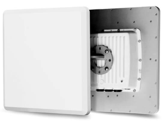 Estación base con tecnología de conectividad inteligente