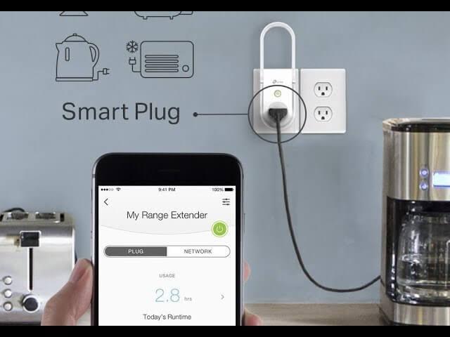 Extensor Wi-Fi con enchufe inteligente incorporado