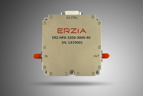 Amplificador con elevada potencia de banda ancha con 49 dB de ganancia