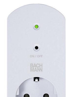 Adaptador inteligente con interruptor remoto para controlar la red Wi-Fi