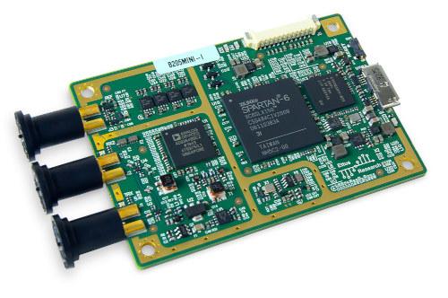 USRP B205mini-i Plataforma de radio definida por software
