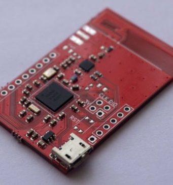 Tarjeta de desarrollo Bluetooth 5 con SoC NRF52840 y chip RFX2401C